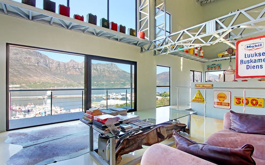 BAY HARBOUR HOUSE ON THE MARKET: FOR SALE – PRICE R4 950 000